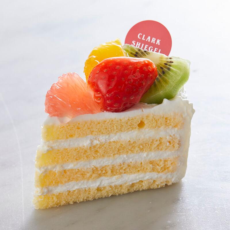 フルーツと根釧台地酪農家の ショートケーキ